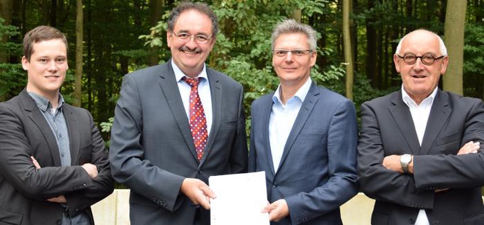 """Zuwendungsbescheid für das Projekt """"NRW.Innovationspartner"""""""